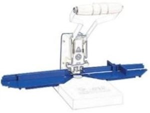 Picture of Desktop corner cutter paper guide